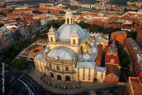 Fototapeta Madrid Royal Basilica of San Francisco el Grande aerial view