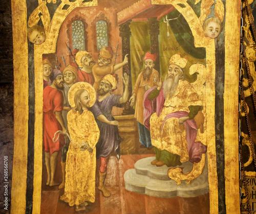 Fotografiet Fresco in Church of the Holy Sepulchre, Jerusalem - Sanhedrin Trial of Jesus