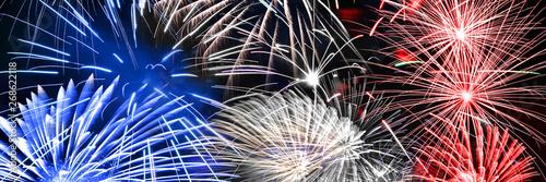 Blue white and red fireworks panoramic background, US or France national party c Billede på lærred