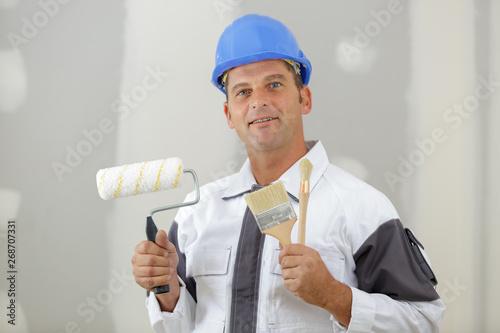 Foto auf Leinwand Texturen smiling handsome man in casual clothes