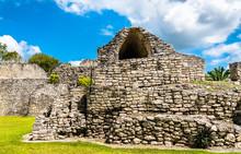 Mayan Ruins At Kohunlich In Mexico