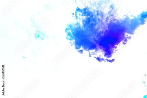 Türaufkleber Rauch Colorful steam exhaled from the vape with a smooth transition of color molecules from turquoise to blue on a white background like a collision of two jets of smoke. Malicious virus and drug injection.