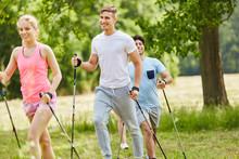 Nordic Walking Als Spaß Und T