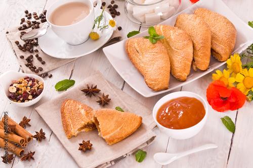 Canvastavla Florentines sweet puff pastries.