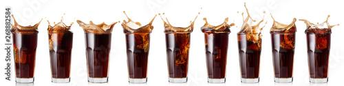 Fotomural  Splash of cola in a glass