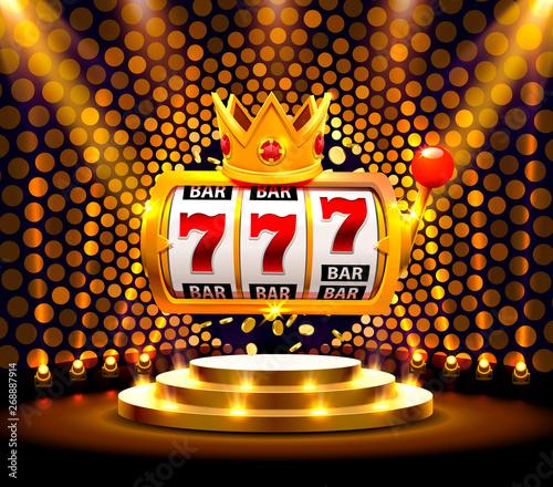 Fotografia  King slots 777 banner casino on the golden background.