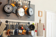Kitchen Wall Rack For Hanging Pots, Pans, Aprons, And Other Utensils For Storage And Decor