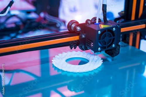 Three dimensional printing machine,3D printer. Obraz na płótnie