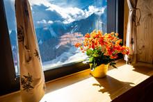 Flowers Pot Window Sill Alps M...