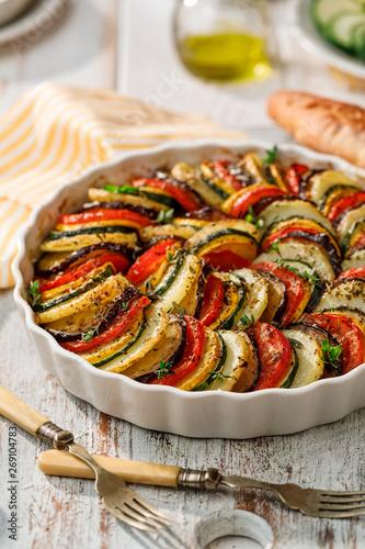 Photo Vegetable tian, Provencal vegetable casserole, delicious and nutritious vegetari