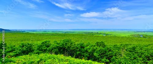 Fotografija 北海道釧路市、初夏の細岡展望台から眺める釧路湿原