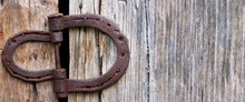Barn Door Horseshoe Hinge With Negative Space