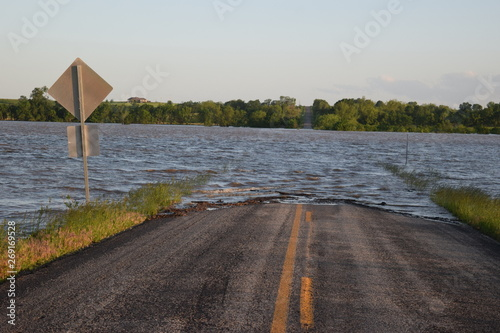 Canvas Print Flooded Highway