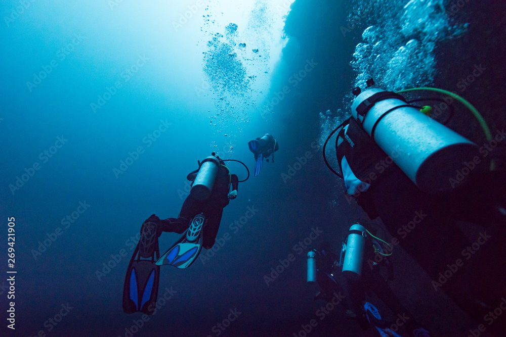 Fototapety, obrazy: Scuba divers underwater, The Great Blue Hole, Belize Barrier Reef, Lighthouse Reef, Belize