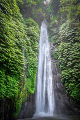 Fototapeta Wodospad Red Coral Waterfall, Munduk, Bali, Indonesia