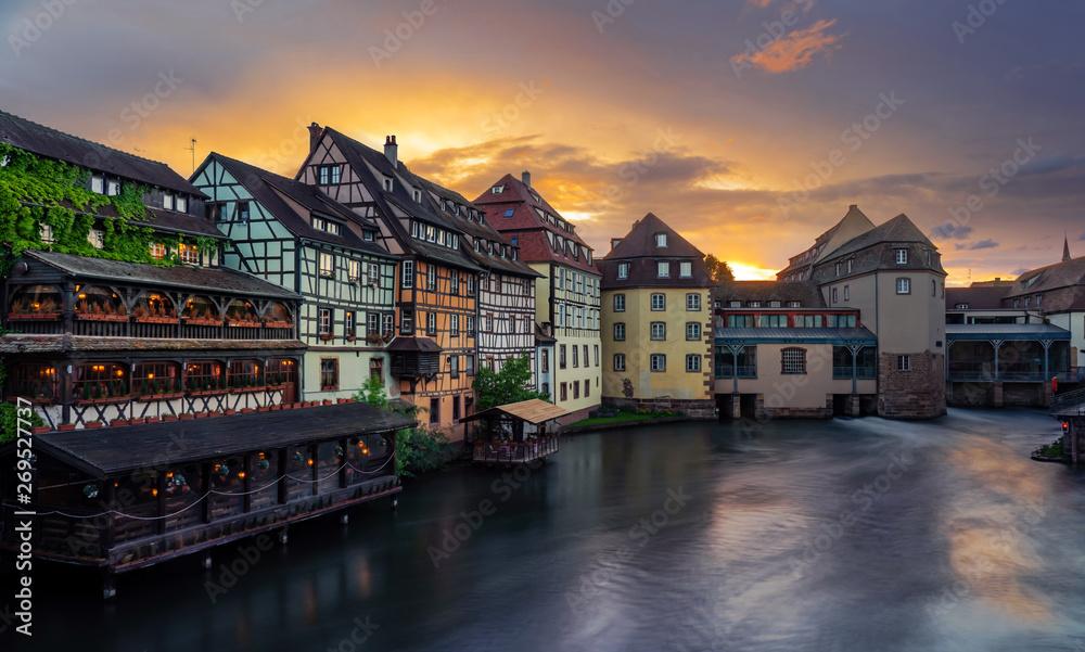 Fototapety, obrazy: Petite France in Strasbourg Alsace