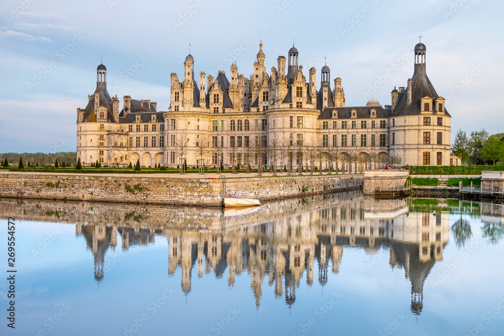 Fototapety, obrazy: Chambord Castle, royal medieval french castle in Loire Valley, France. Unesco heritage site.