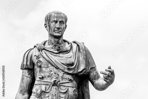 Statue of Roman Emperor Julius Caesar at Roman Forum, Rome, Italy Canvas-taulu