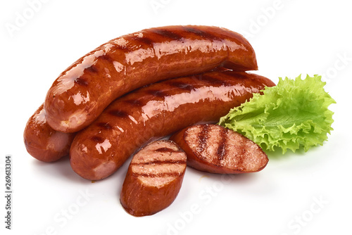 Fotomural Grilled pork sausages with lettuce, close-up, isolated on white background