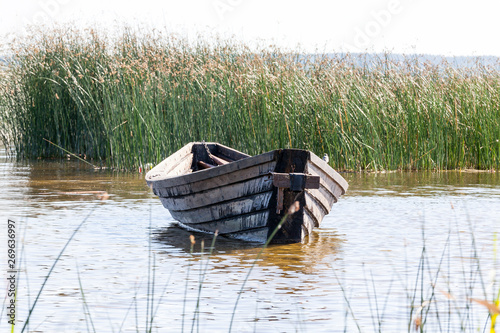 primitive old wooden boats Fototapet