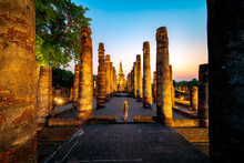 Sunset And Light In Sukhothai ...