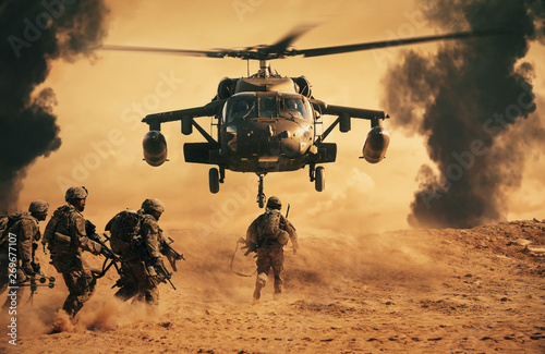 Foto op Plexiglas Helicopter Military soldiers are running to the helicopter in battlefield