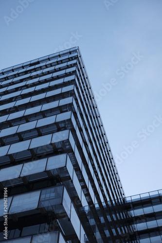 Türaufkleber Darknightsky Hochhaus Glas Architektur Moderne