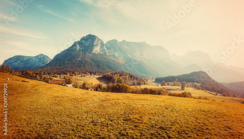 Montage in der Fensternische Beige Awesome alpine highlands in sunny day. unsurpassed autumn landscape in Austrian Alps under sunlit. Impressive Athmospheric Scenery at sunset with perfect alpine meadow with fresh grass on Foreground