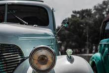 Old Car Close-up, Aktikvariat