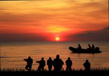 Navy Seal Silhouettes  On Sun...