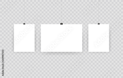 Fotomural Blank hanging photo frames or poster templates isolated on transparent background