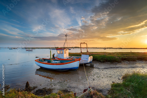 Fototapeta Fishing boats on the mouth of the River Alde