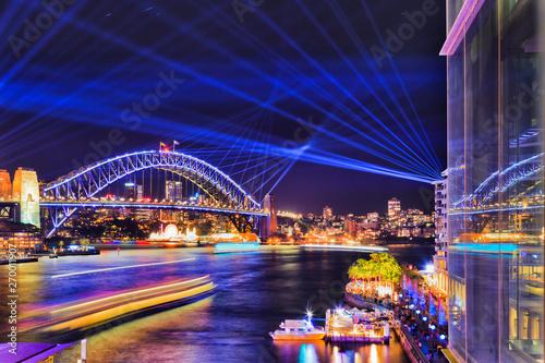 Fototapeta  Sy Vivid Circ Quay Bridge Lift