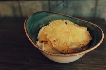 Crema di Limone con Ananas fritto