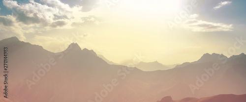Montage in der Fensternische Lachs Fann mountains