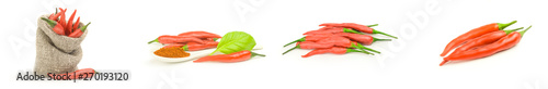 Photo sur Aluminium Hot chili Peppers Group of hot chili peppers on a white background