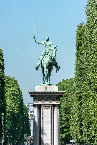 Monument à Lafayette at the Jardin d'Erevan, Paris, France Wallpaper Mural