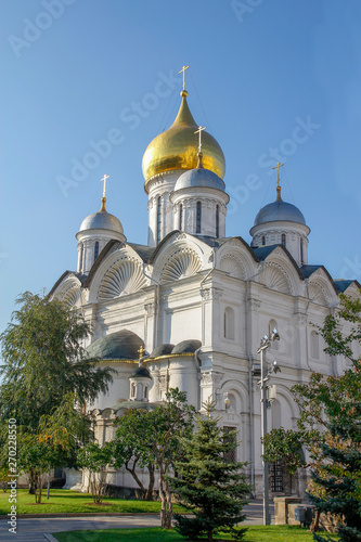 Fotografie, Obraz The golden cupolas of the Moscow Kremlin in Moscow ,Russia.
