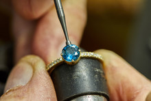 Jewelry Production. The Process Of Fixing Stones