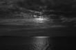 Lune sur la mer