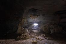 Dark Underground A-rawan Cave, Phare ,thailand