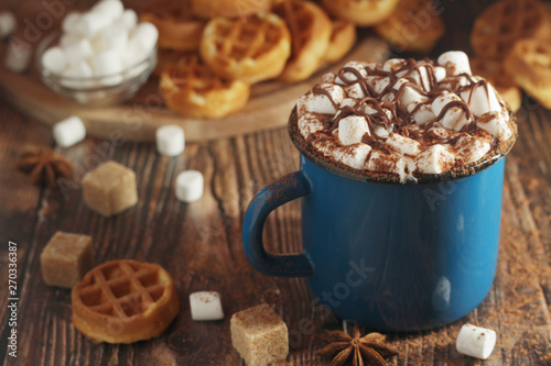 Spoed Foto op Canvas Chocolade A mug with hot chocolate with marshmallow