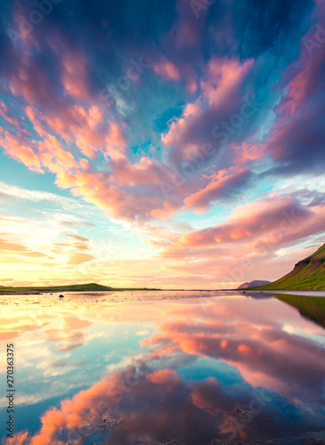 Foto auf Leinwand Nordlicht Colorful summer sunset near Grundarfjordur town. Evening scene on the Snaefellsnes peninsula, Iceland, Europe. Beauty of nature concept background.