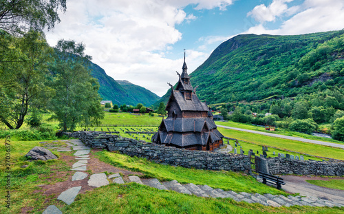 Foto op Aluminium Scandinavië Great summer view of Borgund Stave Church, located in the village of Borgund in the municipality of Lerdal in Sogn og Fjordane county, Norway. Traveling concept background.