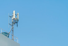 Cellular Phone Towers Are On The Rooftop Of The Building.