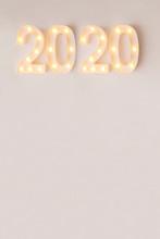Año 2020 De Luces Doradas Sob...