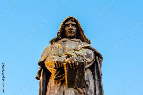 Photo Statue of Giordano Bruno on Campo de Fiori, Rome, Italy