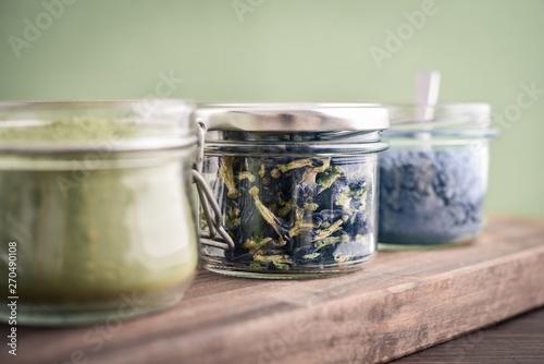 Fotomural  Dried pea flowers (anchan tea)