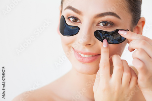 Photo sur Toile Fashion Lips Skin Care Mask. Woman With Black Patches