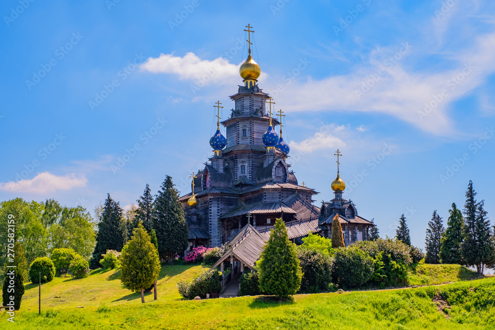 Fototapety, obrazy: Wooden Russian church in Gifhorn